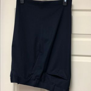 Men's Alan Flusser Golf shorts in ex. Condition.